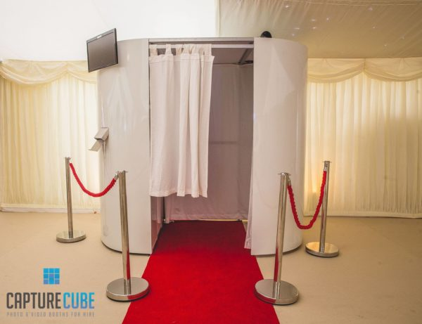 Capture Cube White Gloss Booth